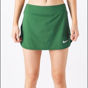 Nike Women's Team Pure Skirt